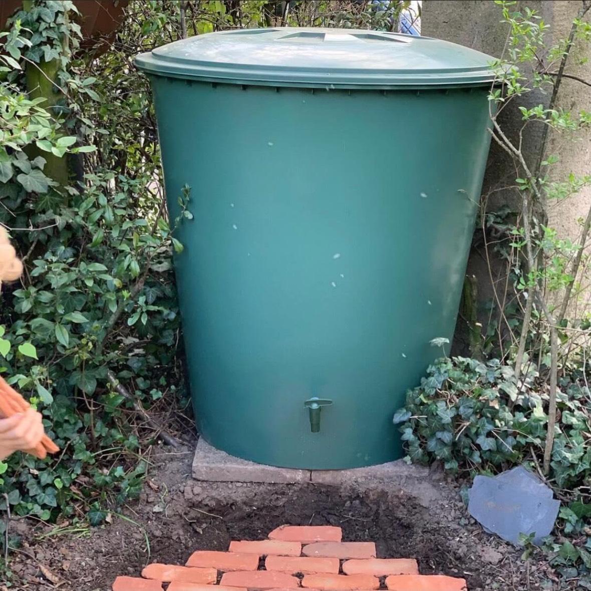 Wasser sparen mit Regentonne